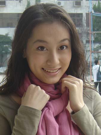 上海新闻娱乐台_《娱乐在线》新主播--董维嘉(附图)_新浪上海
