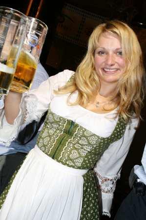 上海德国啤酒节狂欢开幕派对 互动游戏